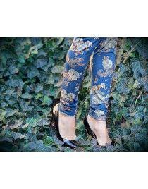 Niebieskie Legginsy w kwiaty Velour D74 Marilyn ala zamsz